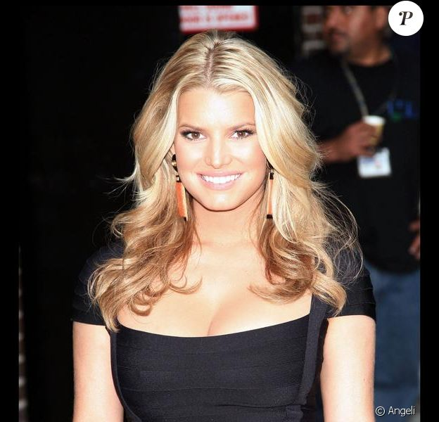 Jessica Simpson, nouvelle styliste Miss USA 2009