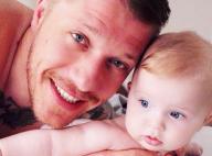 Jean-Édouard, papa amoureux de sa petite Victoire : Un tendre cliché révélé