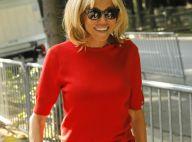 Brigitte Macron décontractée pour une balade en plein Paris