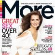 Brooke Shields en couverture du magazine More du mois de Mai