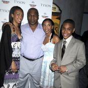 Mike Tyson, une sortie de père de famille avec (presque) tous ses enfants !
