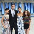 """Thandie Newton, son mari Ol Parker et leurs filles Ripley et Nico à l'avant-première de """"Mamma Mia! Here We Go Again"""" au cinéma Eventim Apollo à Londres, le 16 juillet 2018."""