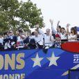 Kylian Mbappé , Didier Deschamps - Le bus de l'équipe de France de Football descend les Champs-Élysées après leur victoire à la coupe du monde 2018 en Russie le 16 juillet 2018 © Marc Ausset-Lacroix/Bestimage