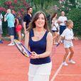 Exclusif - Elsa Esnoult - Célébrités jouent avec des enfants malades pour l'association Enfant Star & Match au tennis Club la Roseraie à Antibes, France, le 8 juillet 2017. © JLPPA/Bestimage