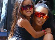 North West, les cheveux lissés : Kim Kardashian rappelée à l'ordre !