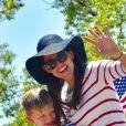 Jennifer Garner, Samuel Affleck - Jennifer Garner participe avec ses enfants à la parade du 4 juillet dans les rues de Pacific Palisades, le 4 juillet 2018