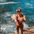 L'ex-Miss Laury Thilleman dévastée par le nombre de détritus qu'elle retrouve en bord de mer, le 29 juillet 2018.