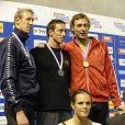 Alain Bernard, Frédérick Bousquet, Amaury Leveaux et Laure Manaudou, lors du podium du 50 mètres nage libre, au Championnat de France de natation, le 26 avril 2009 à Montpellier !