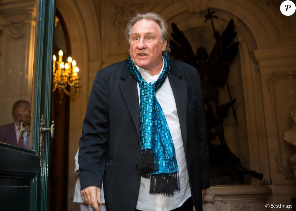 Gérard Depardieu explose de colère face à une journaliste de RTL qui lui posait des questions trop privées, lors d'une cérémonie à l'hôtel de Ville de Bruxelles, honorant sa carrière cinématographique. Belgique, Bruxelles, 25 juin 2018.