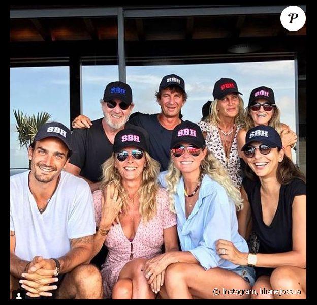 Liliane Jossua publie une photo de Laeticia Hallyday entourée de tous ses amis à Saint-Barthélemy le 30 août 2018.