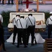 Aretha Franklin : Des funérailles grandioses, la chanteuse scintillante en doré