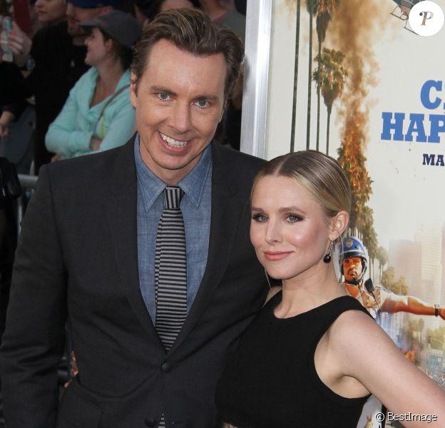 Dax Shepard et sa femme Kristen Bell à la première de 'CHIPS' au théâtre Chinois à Hollywood, le 20 mars 2017