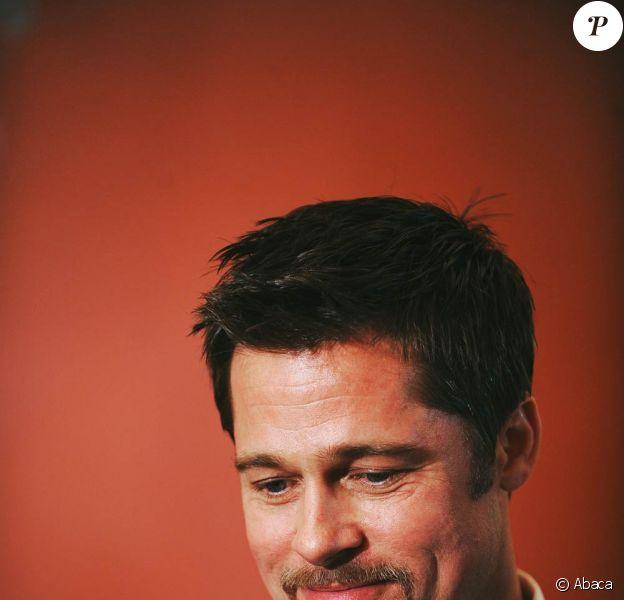 Brad Pitt vient de tourner une nouvelle pub à Manhattan pour l'opérateur japonais Softbank !