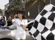 Eva Longoria divine et très courte... pour lancer les bolides du Rally for Kids ! Mais Tony ne la quitte pas d'une semelle !