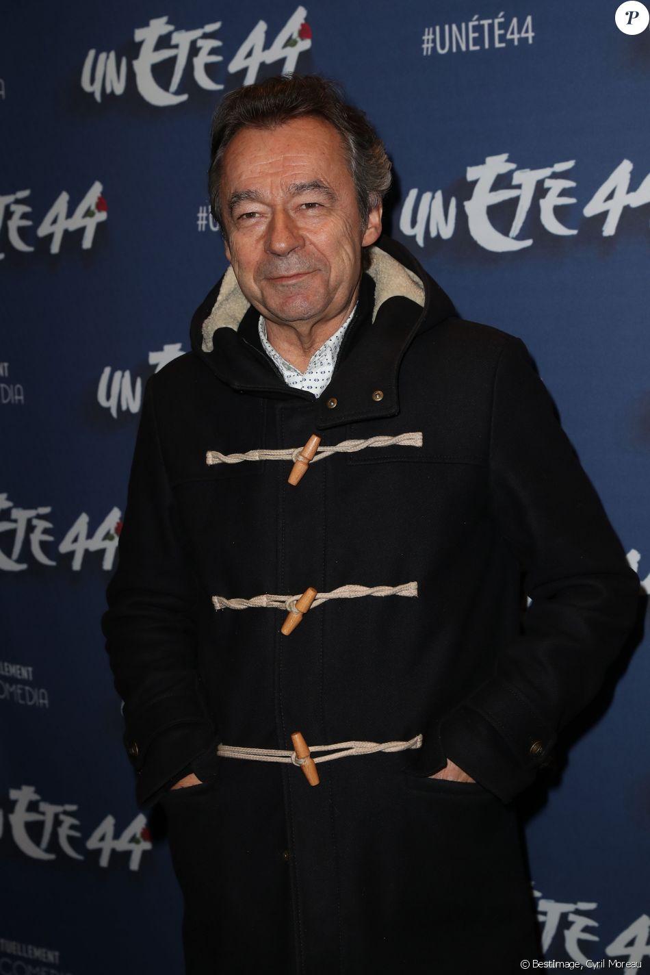 """Michel Denisot - Générale de la comédie musicale """"Un été 44"""" au Comédia à Paris le 9 novembre 2016. © Cyril Moreau/Bestimage"""