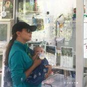 Eva Longoria biberonne Santiago entre les koalas et les kangourous !