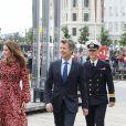 Le prince Frederik de Danemark et la princesse Mary avec Emmanuel Macron et sa femme Brigitte en visite officielle, sur le parvis du théâtre royal de Copenhague le 29 août 2018. © Dominique Jacovides / Bestimage