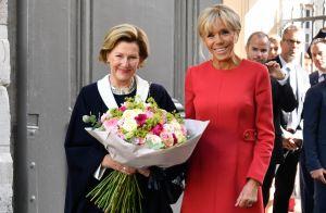Brigitte Macron : Chic en robe rouge pour rencontrer la reine Sonja de Norvège