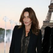 Fashion Week : Carla Bruni, Charlotte Gainsbourg... ravissantes à la tour Eiffel