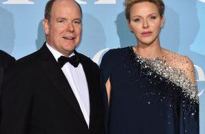 Charlene de Monaco radieuse au bras d'Albert pour une nouvelle soirée de gala