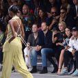Derek Blasberg, Cara Delevingne, Bruna Marquezine, Neymar Jr. et Dani Alves - Défilé Off -White™, collection prêt-à-porter printemps-été 2019 lors de la Fashion Week de Paris, le 27 septembre 2018.
