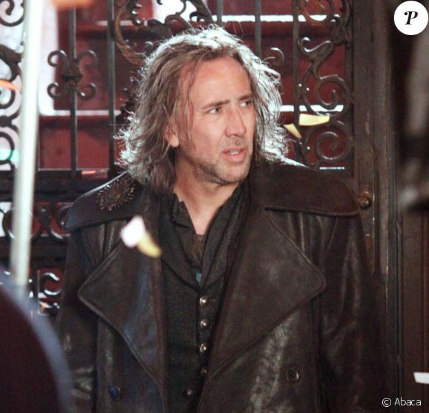 """Nicolas Cage sur le tournage (maudit) de """"L'apprenti-sorcier"""" !"""