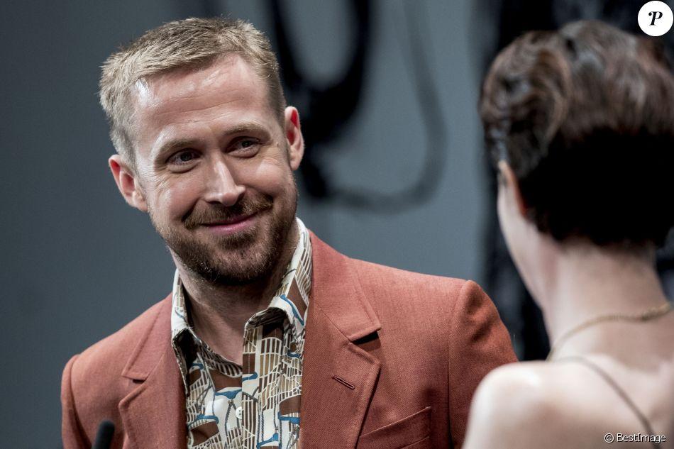 """Ryan Gosling et Claire Foy lors de la première du film """"First Man : le premier homme sur la Lune"""" au festival de San Sebastian le 24 septembre 2018."""