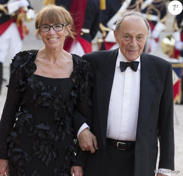 Michel Rocard et sa femme Sylvie Rocard - Dîner d'état en l'honneur de la reine d'Angleterre donné par le président français au palais de l'Elysée à Paris, le 6 juin 2014, pendant la visite d'état de la reine après les commémorations du 70ème anniversaire du débarquement.