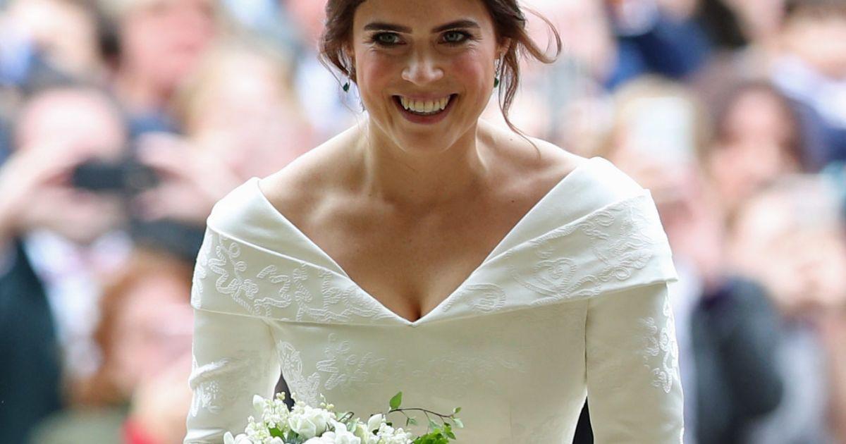 Mariage de la princesse eugenie la mari e radieuse en for Code de robe de mariage de palais de justice