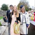 Kate Moss et sa fille Lila Grace Moss quittent le château de Windsor après le mariage de la princesse Eugénie d'York et Jack Brooksbank le 12 octobre 2018.