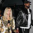 Khloe Kardashian et son compagnon Tristan Thompson quittent le restaurant Craig à West Hollywood le 17 août 2018.