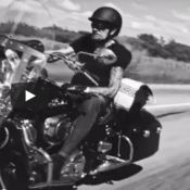 Johnny Hallyday : Son album déjà écoulé à 780 000 copies, record pulvérisé