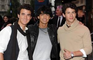 Jonas Brothers : ils étaient hier à Londres et... Joe a révélé sa nouvelle personnalité ! Regardez !