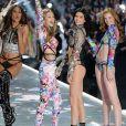 Cindy Bruna, Gigi Hadid, Kendall Jenner et Alexina Graham - Défilé Victoria's Secret à New York, le 8 novembre 2018