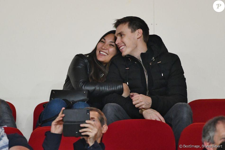 Louis Ducruet et sa fiancée Marie Chevallier au stade Louis-II de Monaco pour le match entre l'AS Monaco et le Paris Saint-Germain (0-4) en clôture de la 13e journée du championnat de Ligue 1, le 11 novembre 2018. © Bruno Bebert/Bestimage