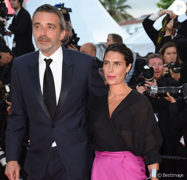 "Alessandra Sublet et son mari Clément Miserez - Montée des marches du film ""Le Grand Bain"" lors du 71ème Festival International du Film de Cannes. Le 13 mai 2018 © Giancarlo Gorassini / Bestimage"