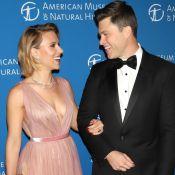 Scarlett Johansson in love : Bombe radieuse et décolletée au bras de son chéri