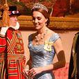 Catherine Middleton lors d'un banquet d'Etat au palais de Buckingham de Londres, le 23 octobre 2018. La duchesse de Cambridge porte la tiare Lover's Knot, la favorite de sa défunte belle-mère Lady Diana.