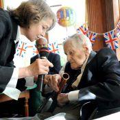 Charlotte Rampling a fêté les 100 ans de son père... Héros des Jeux Olympiques de 1936 !