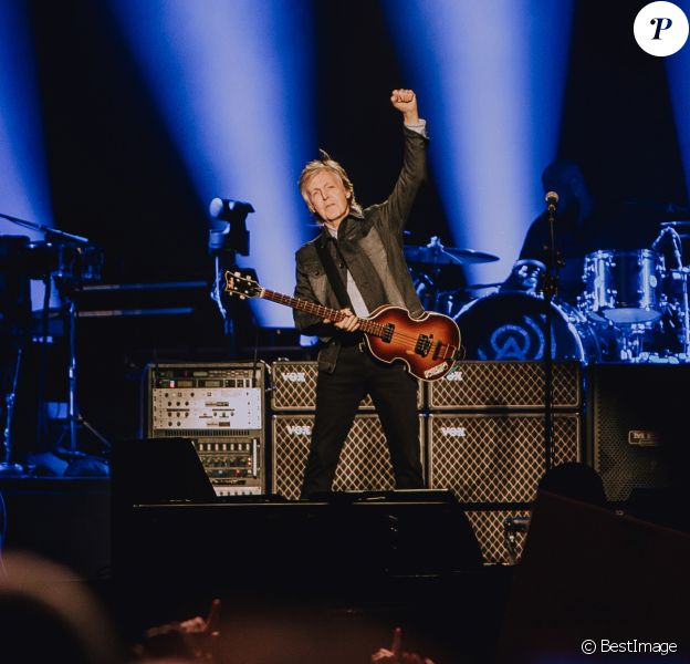 Paul McCartney en concert à la Paris La Défense Arena à Nanterre, le 28 novembre 2018. © Alexandre Fumeron/Bestimage