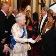 Elizabeth II salue l'ambassadeur du Qatar - La famille royale d'Angleterre accueille les invités lors d'une réception pour les membres du corps diplomatique au palais de Buckingham à Londres le 4 décembre 2018.