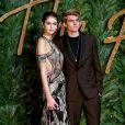 Kaia et Presley Gerber assistent aux Fashion Awards 2018 au Royal Albert Hall à Londres, le 10 décembre 2018.