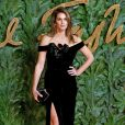 Cindy Crawford assiste aux Fashion Awards 2018 au Royal Albert Hall à Londres, le 10 décembre 2018.