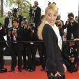 Hélène de Fougerolles lors de la montée des marches du film A l'Origine jeudi 21 mai à Cannes