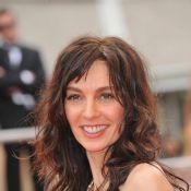 Cannes : Anne Parillaud, Hélène de Fougerolles, un tapis rouge ultra sensuel...