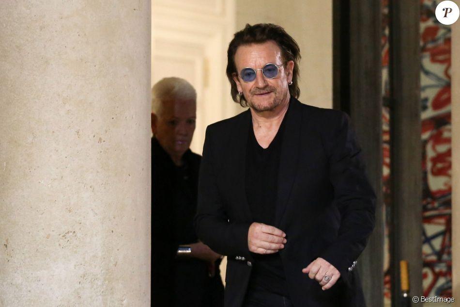 Le chanteur et confondateur de l'ONG ONE, Bono (groupe U2) est reçu par le président de la République française, dans la perspective du prochain G7, au palais de l'Elysée à Paris, France, le 10 septembre 2018. © Stéphane Lemouton/Bestimage