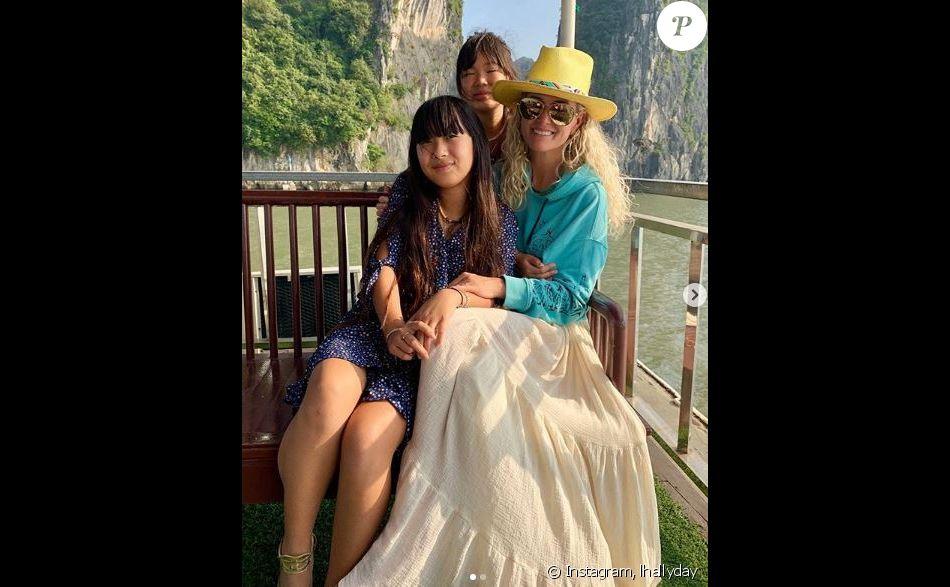 Laeticia Hallyday au Vietnam pour Noël avec ses deux filles Jade et Joy. Photo publiée sur Instagram le 25 décembre 2018.