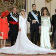 Première photo de famille avec Letizia et Felipe entourés de la reine Sofia et du roi Juan Carlos.