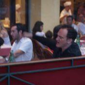 Pendant le palmarès, Quentin Tarantino se la coule douce avec... Paz de la Huerta ! Regardez !