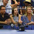 Ben Stiller, sa fille Ella et son ex-femme Christine Taylor dans les tribunes lors de l'US Open de tennis au USTA National Tennis Center à New York City, New York, Etats-Unis, le 29 août 2018.